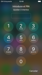 Apple iPhone SE iOS 11 - Mensajería - Configurar el equipo para mensajes multimedia - Paso 16