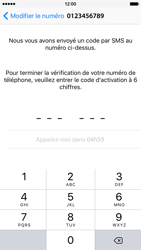 Apple iPhone 6 iOS 9 - WhatsApp - Activer WhatsApp - Étape 10