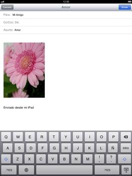Apple iPad 2 - E-mail - Escribir y enviar un correo electrónico - Paso 10