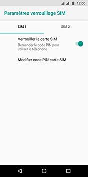 Motorola Moto G6 - Sécuriser votre mobile - Personnaliser le code PIN de votre carte SIM - Étape 7
