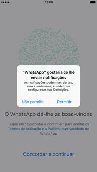 Apple iPhone 7 Plus - Aplicações - Como configurar o WhatsApp -  6