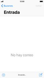 Apple iPhone SE iOS 11 - E-mail - Escribir y enviar un correo electrónico - Paso 15