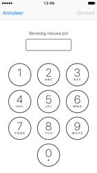 Apple iPhone 5 met iOS 10 (Model A1429) - Beveiliging en ouderlijk toezicht - Hoe wijzig ik mijn SIM PIN-code - Stap 10
