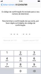 Apple iPhone 6s - iOS 11 - Aplicações - Como configurar o WhatsApp -  11