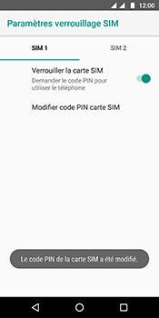 Motorola Moto G6 - Sécuriser votre mobile - Personnaliser le code PIN de votre carte SIM - Étape 11