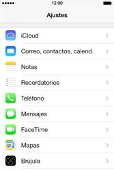 Apple iPhone 4S iOS 7 - Mensajería - Configurar el equipo para mensajes multimedia - Paso 6