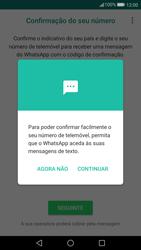 Huawei P10 - Aplicações - Como configurar o WhatsApp -  11