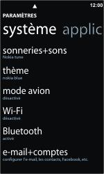 Nokia Lumia 800 - Internet et connexion - Accéder au réseau Wi-Fi - Étape 4