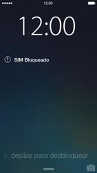 Apple iPhone iOS 7 - Funções básicas - Como reiniciar o aparelho - Etapa 5