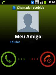 Samsung Galaxy Y Duos - Chamadas - Como atender, rejeitar ou silenciar uma ligação - Etapa 4
