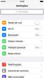 Apple iPhone SE - Internet no telemóvel - Como ativar os dados móveis -  3