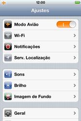 Apple iPhone iOS 5 - Rede móvel - Como ativar e desativar o modo avião no seu aparelho - Etapa 4