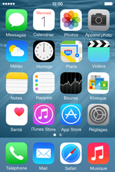 Apple iPhone 4S (iOS 8) - Applications - Personnaliser l