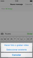 Apple iPhone 5s - Mensajería - Escribir y enviar un mensaje multimedia - Paso 9