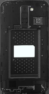 LG K10 4G - Primeros pasos - Quitar y colocar la batería - Paso 3