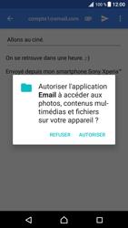 Sony Xperia XZ Premium - E-mails - Envoyer un e-mail - Étape 11