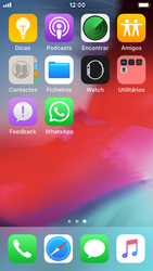 Apple iPhone SE - iOS 12 - Aplicações - Como configurar o WhatsApp -  4