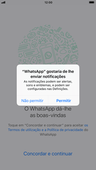 Apple iPhone 6s Plus - iOS 11 - Aplicações - Como configurar o WhatsApp -  6