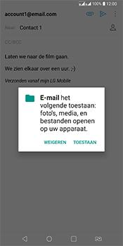 LG Q7 - E-mail - Bericht met attachment versturen - Stap 13
