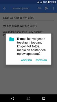 Sony Xperia L1 - E-mail - Hoe te versturen - Stap 11