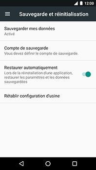 Motorola Moto E4 Plus - Aller plus loin - Restaurer les paramètres d'usines - Étape 5