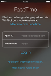 Apple iPhone 4 met iOS 7 - Applicaties - FaceTime gebruiken - Stap 4