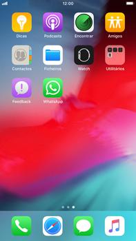 Apple iPhone 8 Plus - iOS 12 - Aplicações - Como configurar o WhatsApp -  4