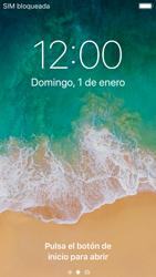 Apple iPhone SE iOS 11 - Mensajería - Configurar el equipo para mensajes multimedia - Paso 14