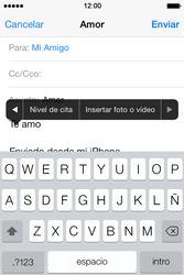 Apple iPhone 4S iOS 7 - E-mail - Escribir y enviar un correo electrónico - Paso 10