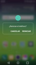 LG G5 - Mensajería - Configurar el equipo para mensajes multimedia - Paso 19