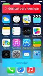 Apple iPhone iOS 7 - Funções básicas - Como reiniciar o aparelho - Etapa 3
