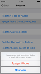 Apple iPhone iOS 7 - Funções básicas - Como restaurar as configurações originais do seu aparelho - Etapa 8