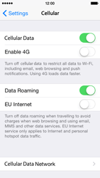 Apple iPhone 5s - iOS 8 - Internet - Disable data roaming - Step 4