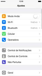 Apple iPhone iOS 7 - Rede móvel - Como ativar e desativar uma rede de dados - Etapa 3
