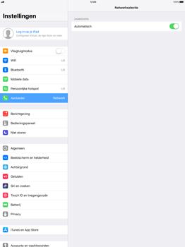 Apple iPad Pro 12.9 - iOS 11 - Netwerk selecteren - Handmatig een netwerk selecteren - Stap 5
