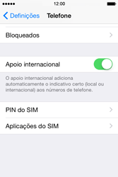 Apple iPhone 4S iOS 8 - Chamadas - Bloquear chamadas de um número -  4