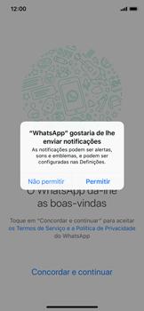 Apple iPhone X - iOS 12 - Aplicações - Como configurar o WhatsApp -  6