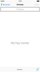 Apple iPhone 6s iOS 9 - E-mail - Escribir y enviar un correo electrónico - Paso 15