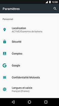 Motorola Moto E4 Plus - Sécuriser votre mobile - Personnaliser le code PIN de votre carte SIM - Étape 4