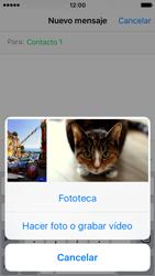 Apple iPhone SE - Mensajería - Escribir y enviar un mensaje multimedia - Paso 9