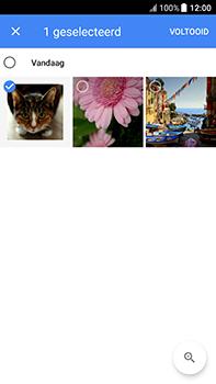 HTC U11 - E-mail - Bericht met attachment versturen - Stap 16