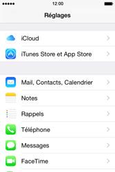 Apple iPhone 4s iOS 8 - E-mail - Configuration manuelle - Étape 3
