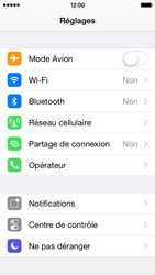 Apple iPhone 5s - iOS 8 - Wifi - configuration manuelle - Étape 2