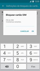 Samsung Galaxy S5 - Segurança - Como ativar o código PIN do cartão de telemóvel -  7