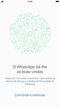 Apple iPhone 6s Plus - iOS 12 - Aplicações - Como configurar o WhatsApp -  7