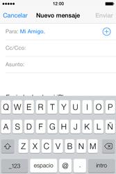 Apple iPhone 4S iOS 7 - E-mail - Escribir y enviar un correo electrónico - Paso 6