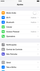 Apple iPhone iOS 8 - Rede móvel - Como ativar e desativar o modo avião no seu aparelho - Etapa 3