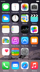 Apple iPhone 5s iOS 8 - Aplicações - Como configurar o WhatsApp -  1