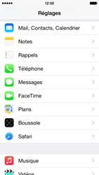 Apple iPhone 5s - iOS 8 - E-mail - Configuration manuelle (outlook) - Étape 3