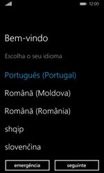 Microsoft Lumia 435 - Primeiros passos - Como ligar o telemóvel pela primeira vez -  5